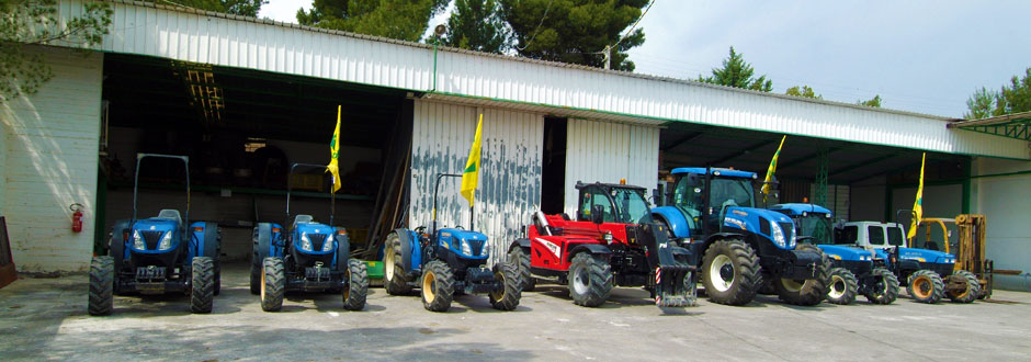 parco-macchine-azienda-agricola-santamaria-tursi